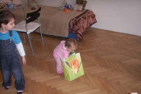 FOTKA - hledám více dárků :)