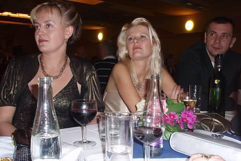 FOTKA - na co to ty holky zírají ?