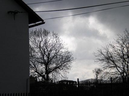 FOTKA - Zamračená obloha