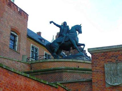 FOTKA - socha na WAWELU- KRAKOW