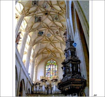 FOTKA - Interiér  Chrámu Svaté Barbory- Kutná Hora