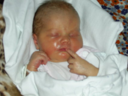 FOTKA - 1 den v porodnici II
