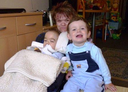 FOTKA - no jo..i takovy je zivot..S Jenou a tetou