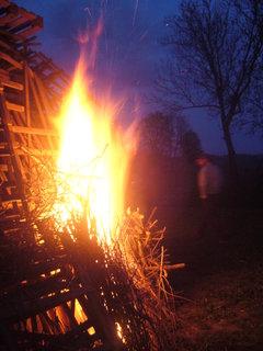 FOTKA - Veter�nky zalo�en� ohn�