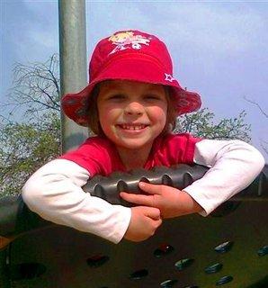 FOTKA - Naše zlatíčko Adélka