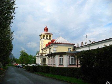 FOTKA - L�zn� - sanatorium EDEL JESEN�K
