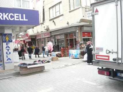 FOTKA - jedna z uliček Istanbulu jeho předměstí1