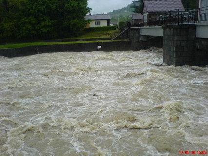FOTKA - Raškovice řeka Morávka.