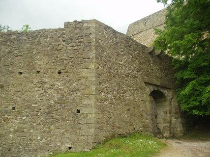FOTKA - Část hradu Hukvaldy