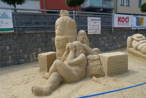 FOTKA - Sochy z písku