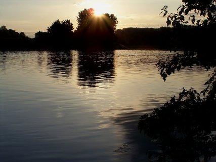 FOTKA - Svítání u vody