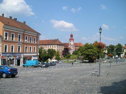 FOTKA - roudnický zámek z náměstí