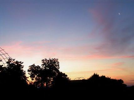 FOTKA - Svítání s měsíčkem dnes 4,30