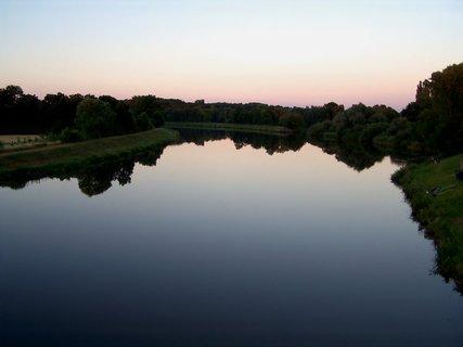 FOTKA - včerejší zrcadleni, při západu slunce