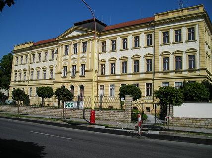 FOTKA - Roudnice n.L. - střední škola