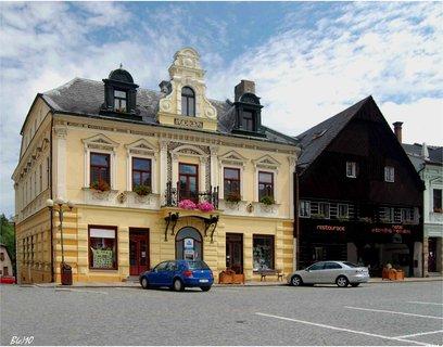 FOTKA - architektura- náměstí -Jablonné nad Orlicí