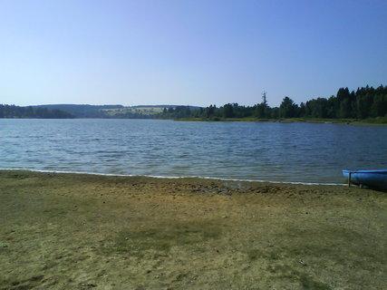 FOTKA - procházka kolem přehrady.