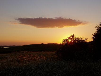 FOTKA - slunce se kloní k západu