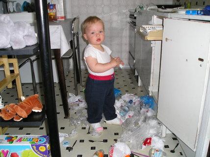 FOTKA - Maminčin pomocníček v kuchyni