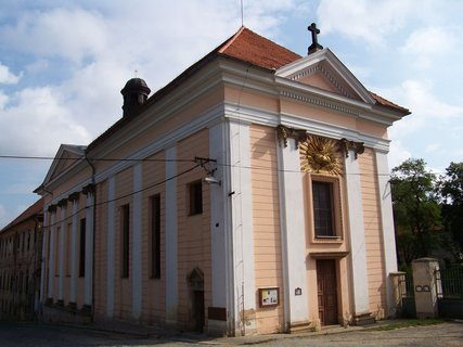 FOTKA - kostel v Buštěhradu