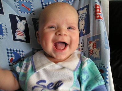 FOTKA - A tak jsem se na maminku v necelých 3 měsících smál