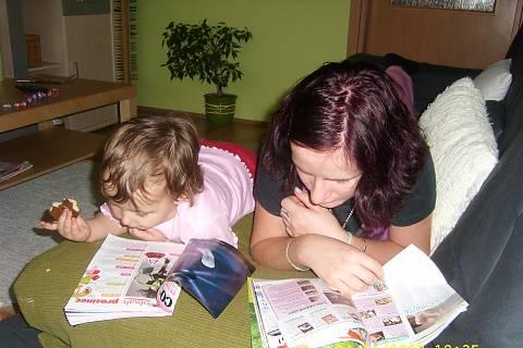 FOTKA - Čítam, čítaš, čítame.........
