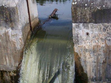 FOTKA - splav - síla vody po deštích...