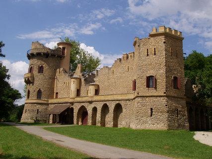FOTKA - Janův hrad -Janohrad (Lednicko-Valtický areál)
