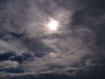 FOTKA - cestou na kole - schované slunce..