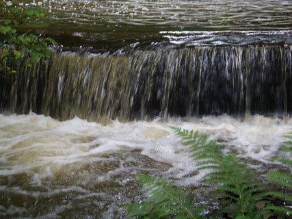 FOTKA - cestou na kole-průhonický park_horní vodopád