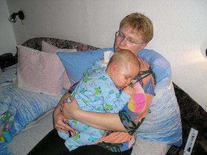FOTKA - Odpočívám rád u maminky
