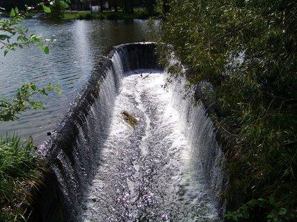 FOTKA - rybník Šeberák v Kunraticích_vana po deštích....