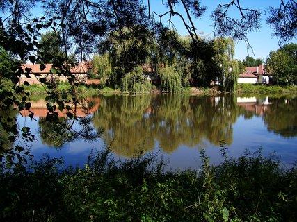 FOTKA - včerejší vyjížďka na kole_rybník Hrnčíře u Prahy