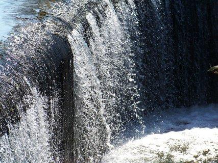 FOTKA - nedělní vyjížďka na kole - padající voda, Šeberák