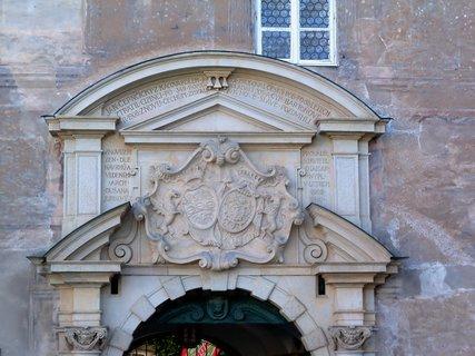 FOTKA - Vchod do zámku