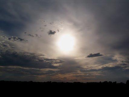 FOTKA - Slunce v zajetí večera