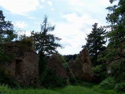 FOTKA - Zřícenina hradu na Chrudimsku