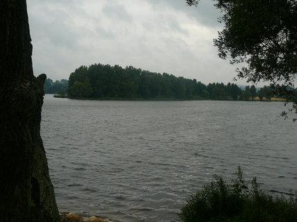 FOTKA - u rybn�ka��