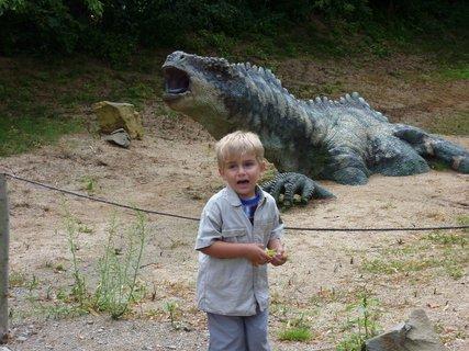 FOTKA - S dinosaurem I