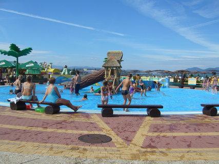 FOTKA - Venkovní dětský bazén.
