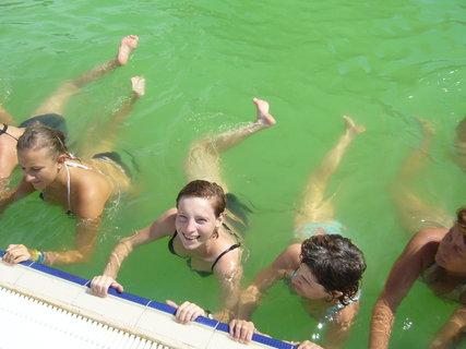 FOTKA - Cvičení ve vodě..
