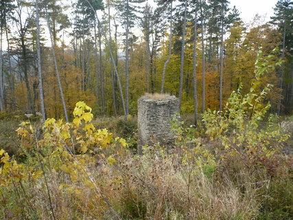 FOTKA - zřícenina hradu .....