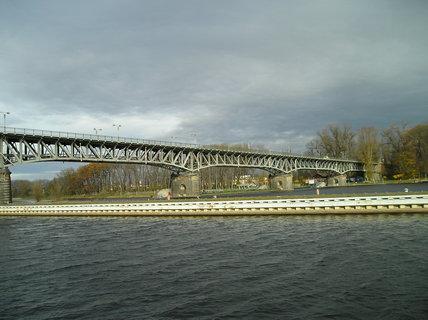 FOTKA - most přes Labe