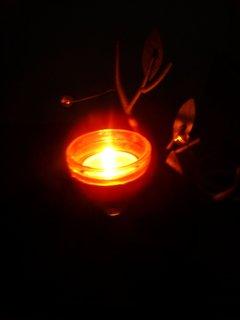FOTKA - Tato svíčka tu dnes pro Zrzečka svítí, ať v kočičím nebíčku má se tak krásně, jako se měl u Kačenky, prosím nedávejte body, jen si všichni, kdo jsme ho měli rádi, tiše zavzpomínejme......