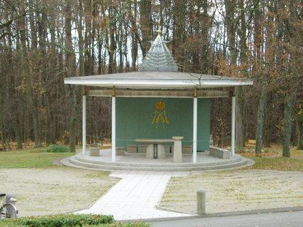 FOTKA - Lomec - venkovní kněžiště