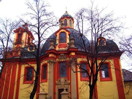 FOTKA - podzim, Kunratice - kostel Sv. Jakuba Většího