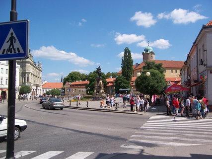 FOTKA - náměstí Poděbrady 3
