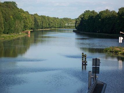 FOTKA - Poděbrady u řeky 3