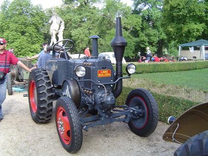 FOTKA - traktor -dědeček