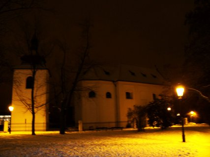 FOTKA - ranní foto - kostel Sv. Pankráce s parkem, Praha 4.,,,,